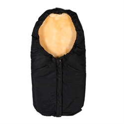 Sleeping bag with lambskin